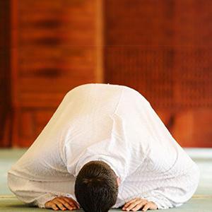 نماز را با ذکر همراه کنیم